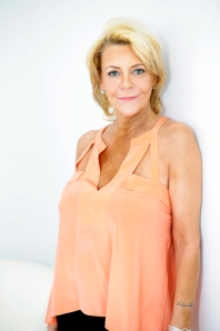Tan Mom's makeover at Lash to Lens
